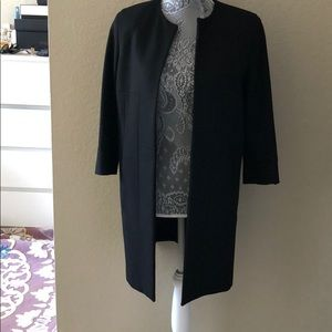 Zara trench coat , as new condition sime M